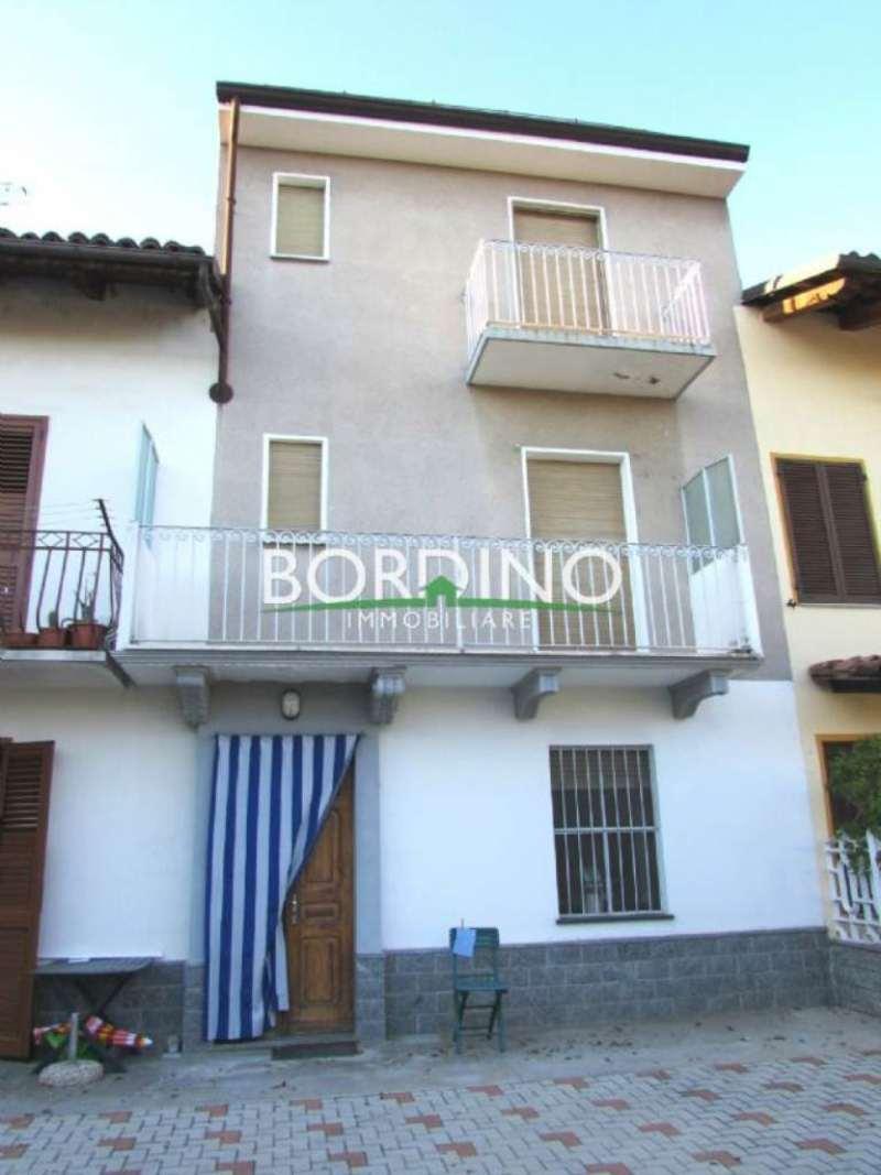 Soluzione Indipendente in vendita a Govone, 3 locali, prezzo € 80.000 | Cambio Casa.it