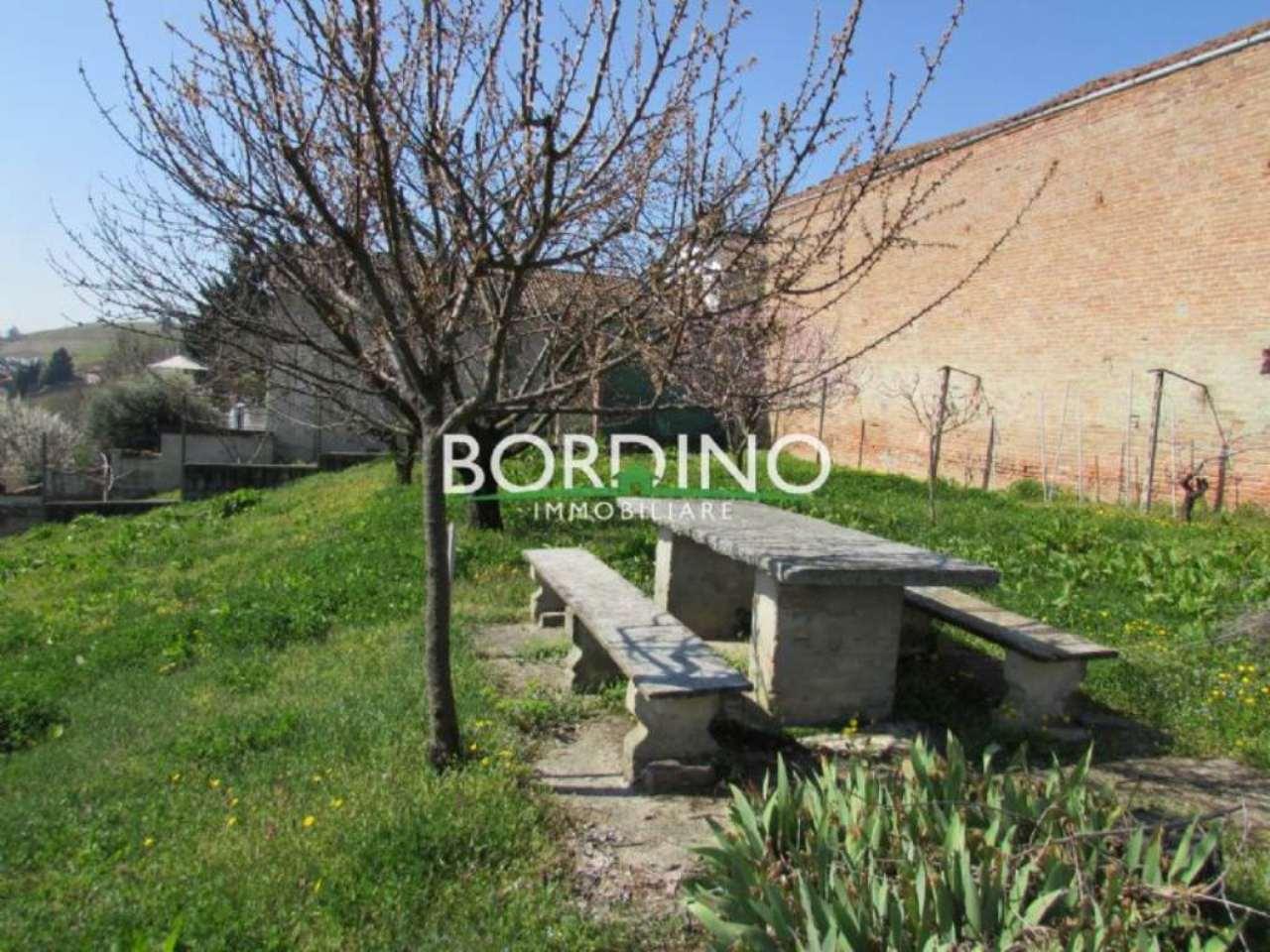 Soluzione Indipendente in vendita a Govone, 5 locali, prezzo € 80.000 | Cambio Casa.it