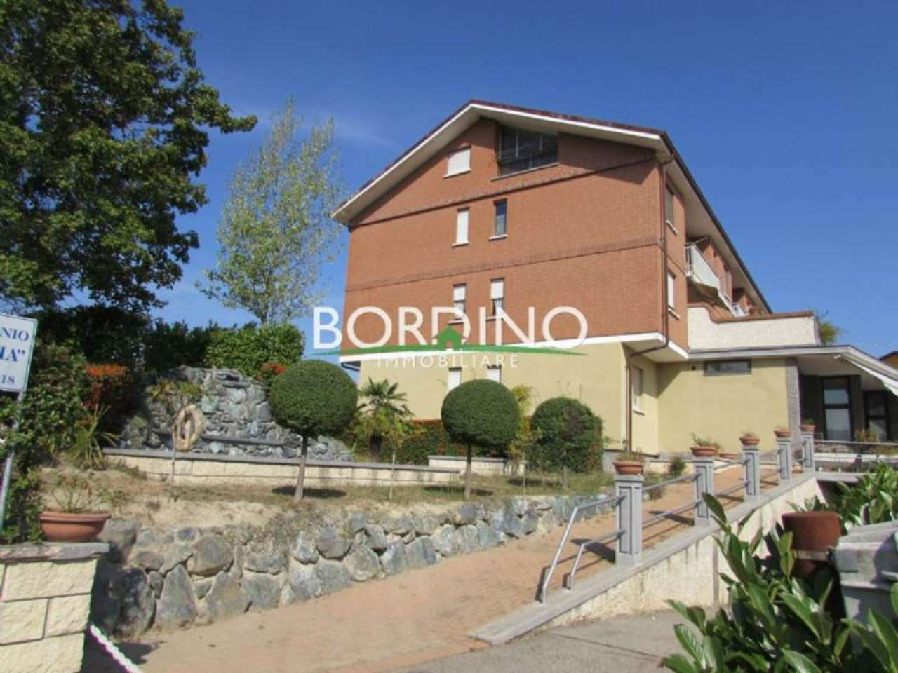 Attico / Mansarda in vendita a Rodello, 6 locali, prezzo € 50.000 | CambioCasa.it