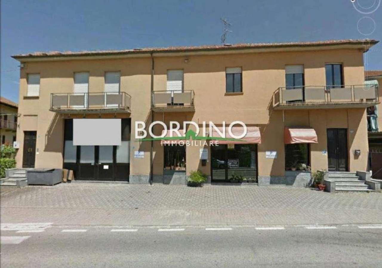 Negozio / Locale in vendita a Alba, 3 locali, prezzo € 300.000 | Cambio Casa.it