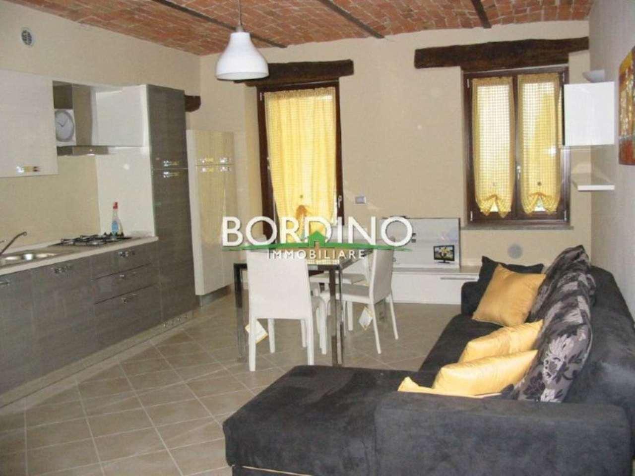 Appartamento in affitto a Govone, 2 locali, prezzo € 400 | CambioCasa.it