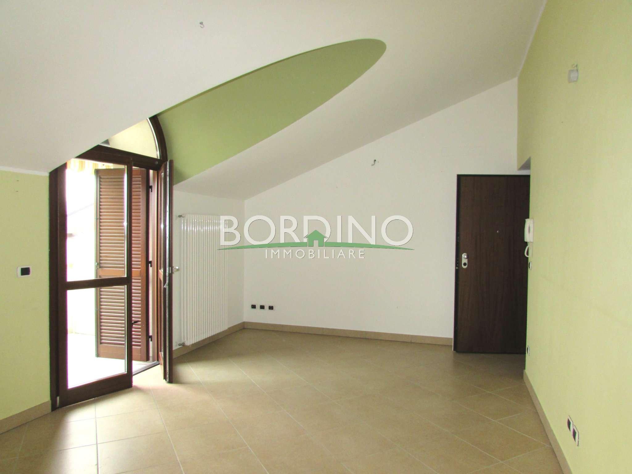 Appartamento in affitto a Magliano Alfieri, 2 locali, prezzo € 350 | CambioCasa.it