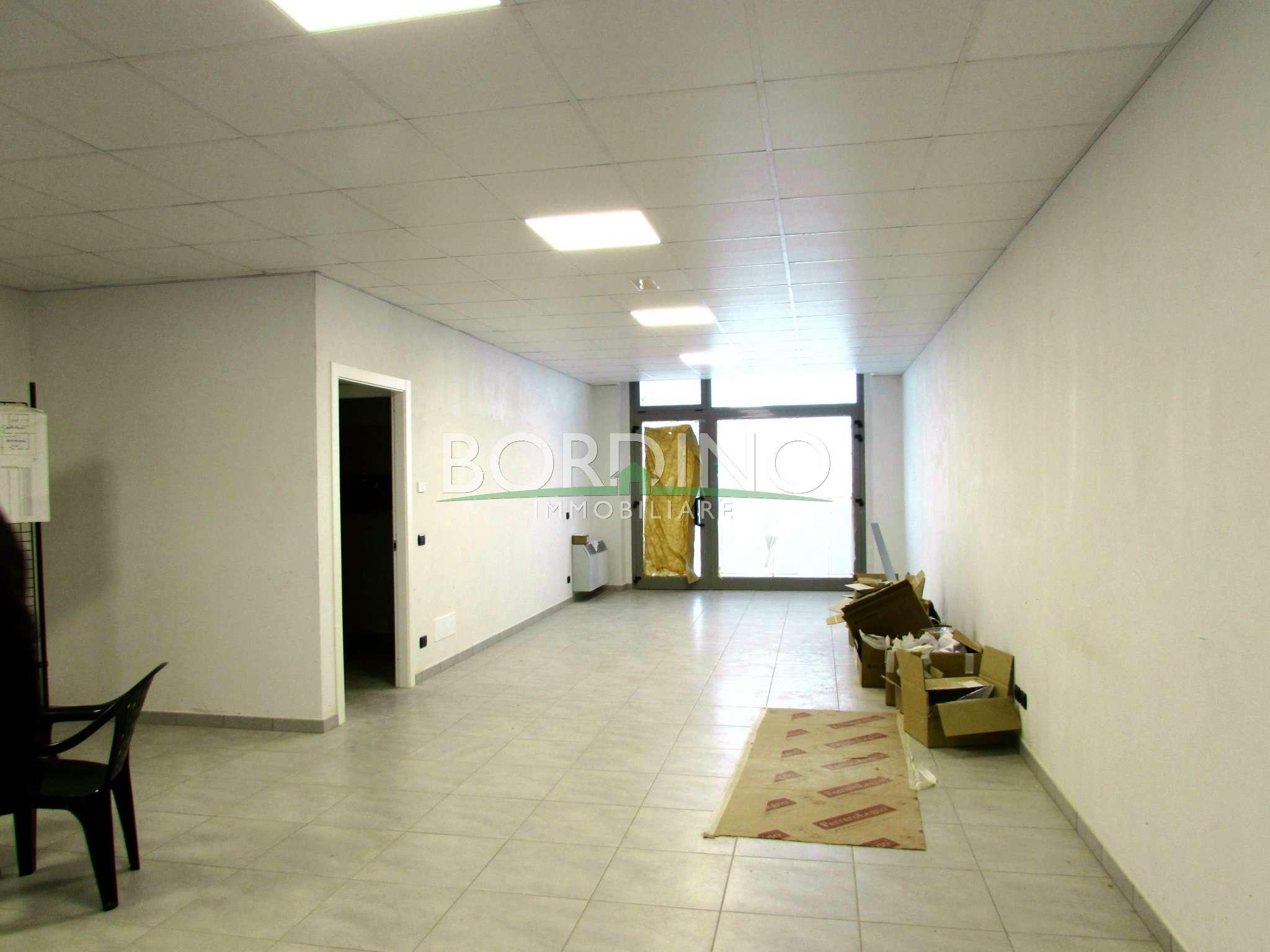 Ufficio / Studio in affitto a Magliano Alfieri, 1 locali, prezzo € 700 | Cambio Casa.it