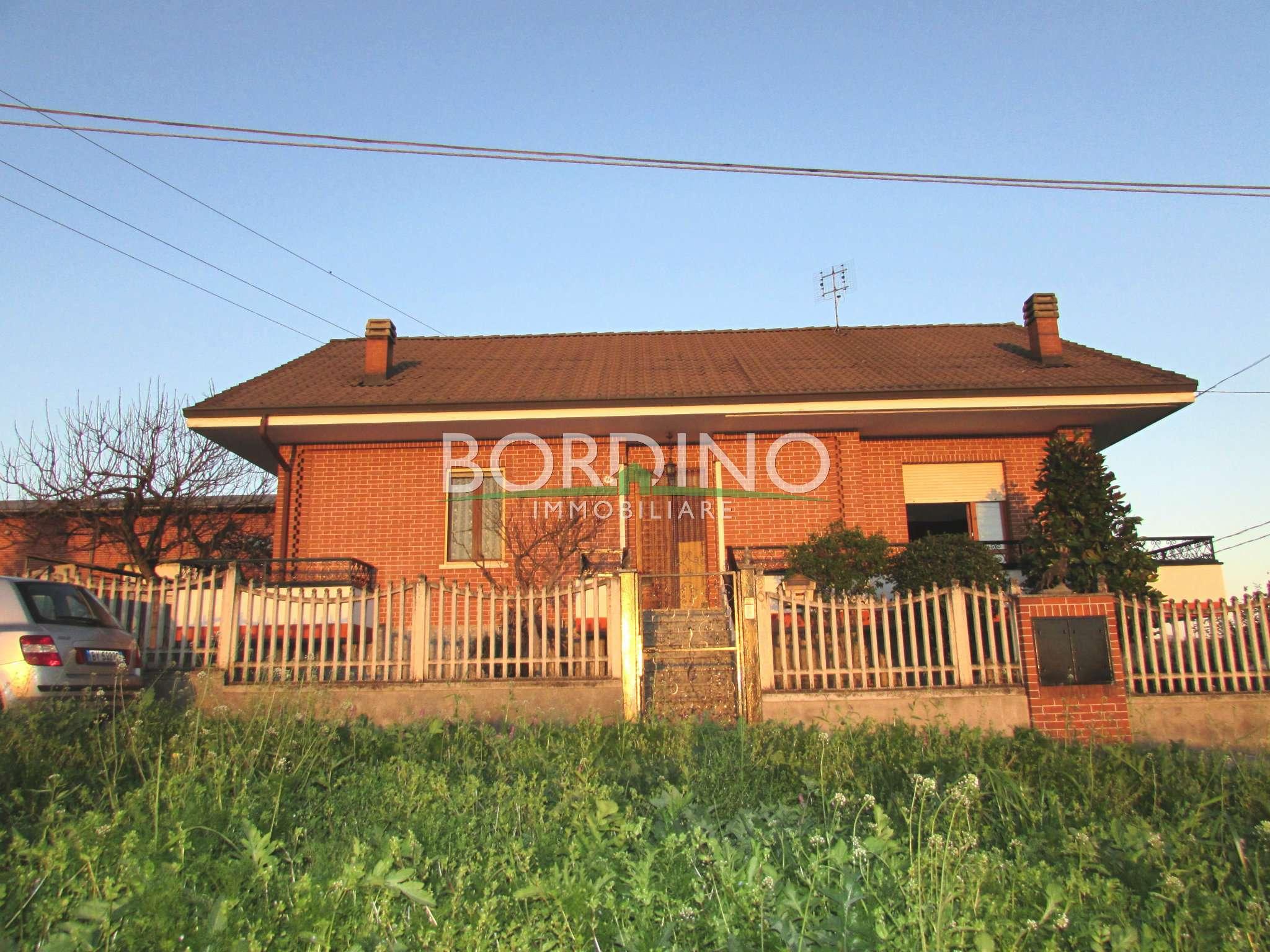 Villa in vendita a Priocca, 4 locali, prezzo € 260.000 | CambioCasa.it