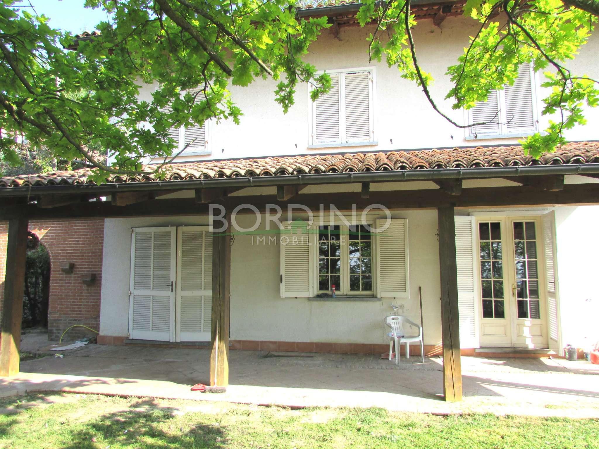 Villa in affitto a Magliano Alfieri, 5 locali, prezzo € 800 | CambioCasa.it