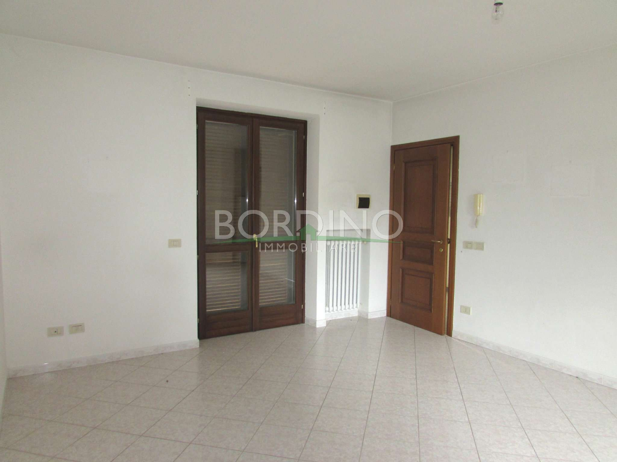 Appartamento in affitto a Magliano Alfieri, 2 locali, prezzo € 350 | Cambio Casa.it