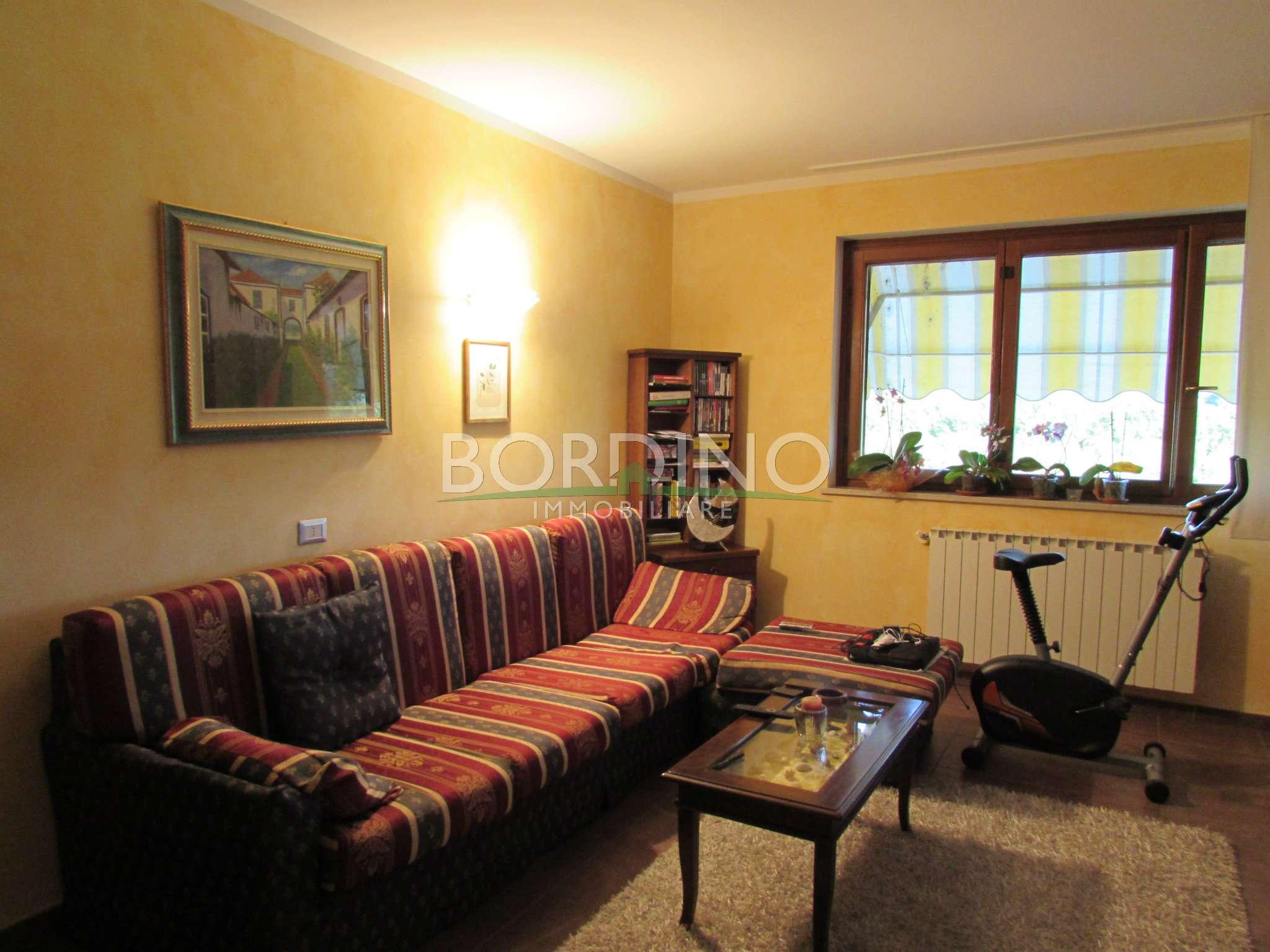 Appartamento in affitto a Magliano Alfieri, 4 locali, prezzo € 480 | CambioCasa.it