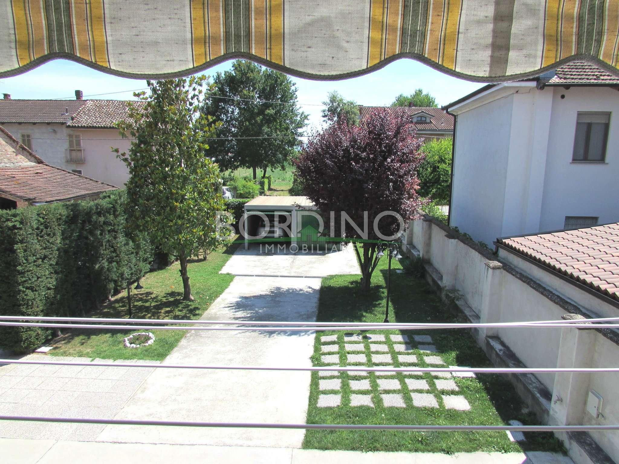 Soluzione Indipendente in vendita a Govone, 4 locali, prezzo € 155.000 | Cambio Casa.it