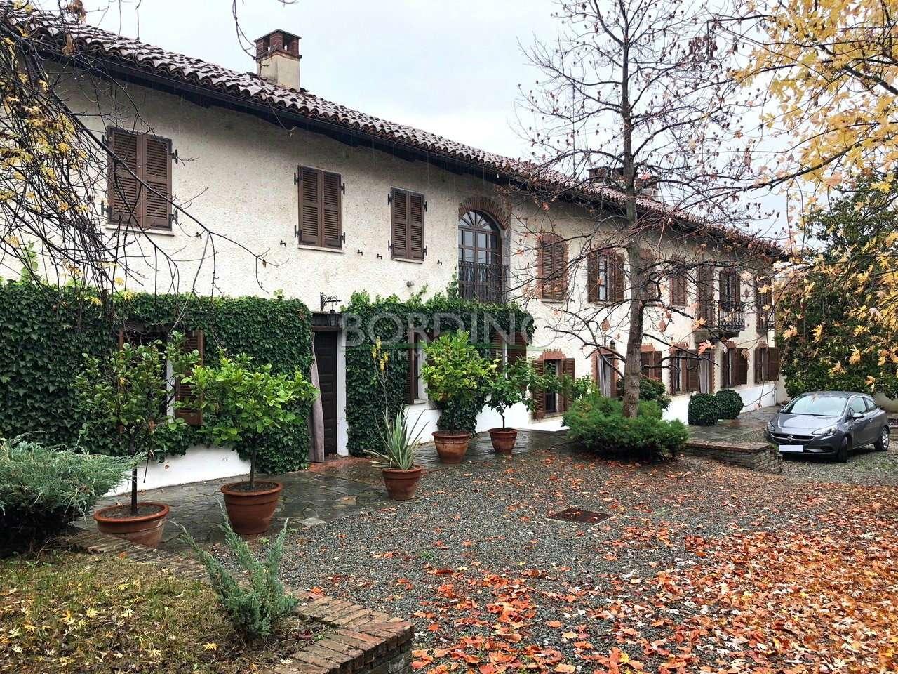 Soluzione Indipendente in vendita a Agliano Terme, 11 locali, prezzo € 280.000 | CambioCasa.it