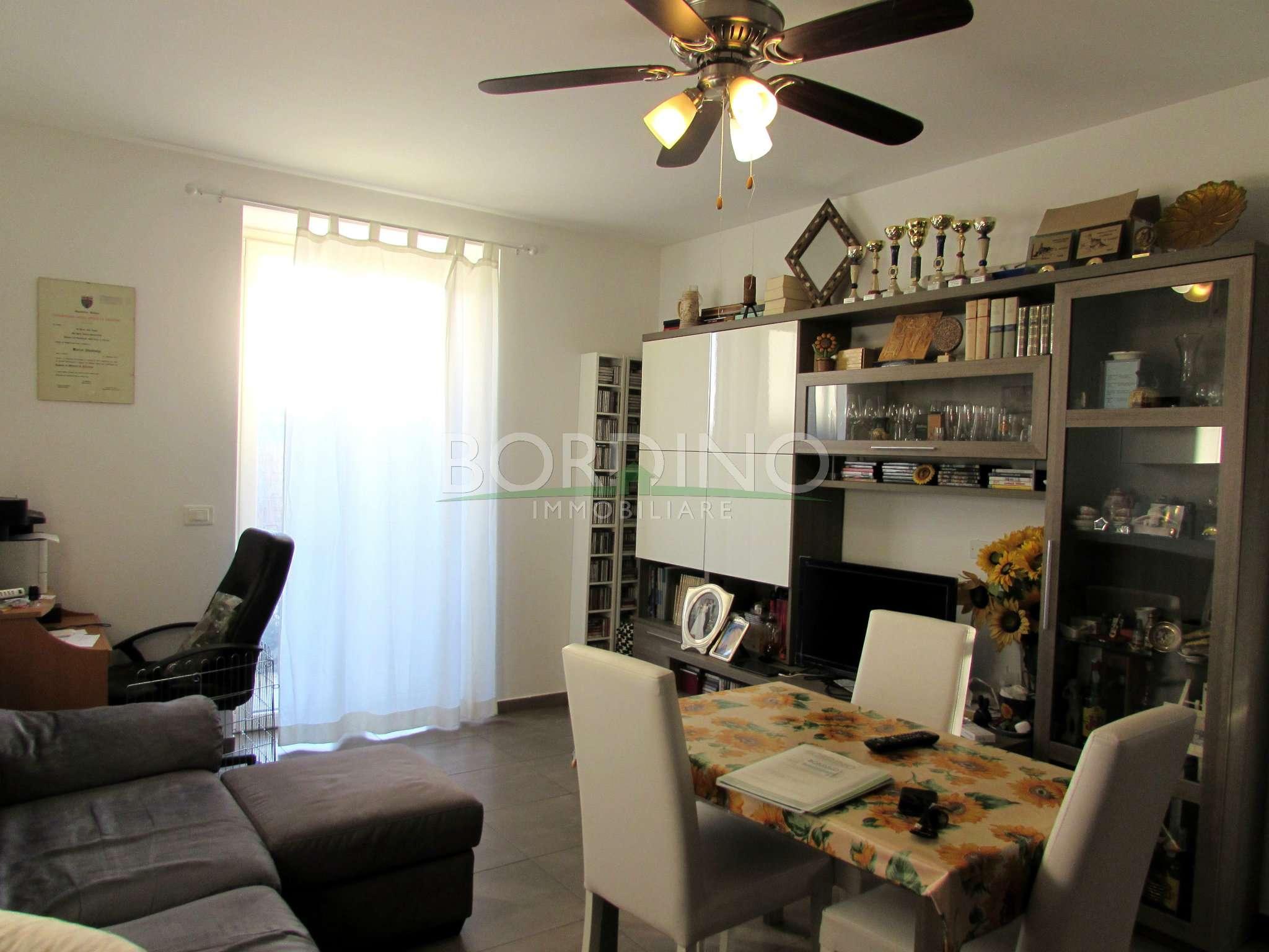 Appartamento in vendita a Magliano Alfieri, 3 locali, prezzo € 135.000   CambioCasa.it