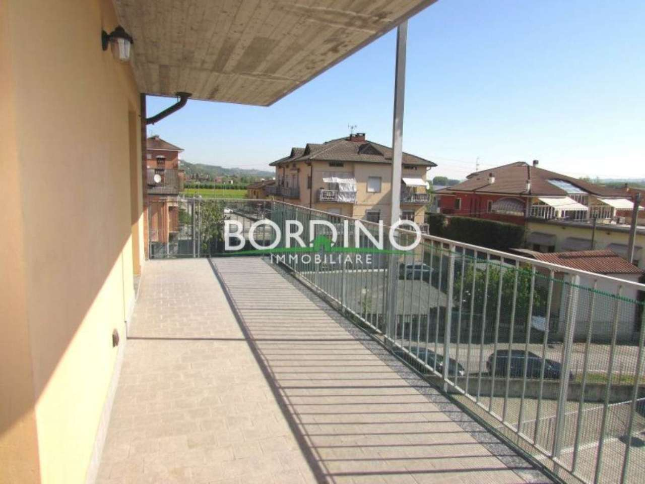 Appartamento in vendita a Castagnito, 2 locali, prezzo € 89.000 | CambioCasa.it