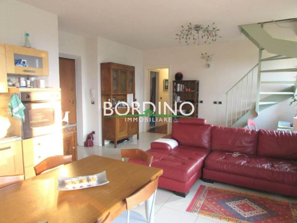 Appartamento in vendita a Magliano Alfieri, 5 locali, prezzo € 165.000 | Cambio Casa.it