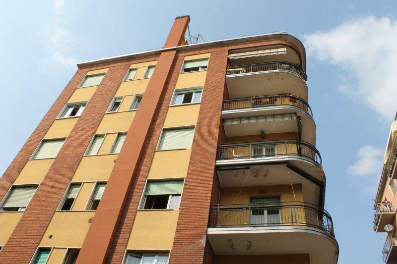 Appartamento in vendita a Carugate, 3 locali, prezzo € 122.000   Cambiocasa.it