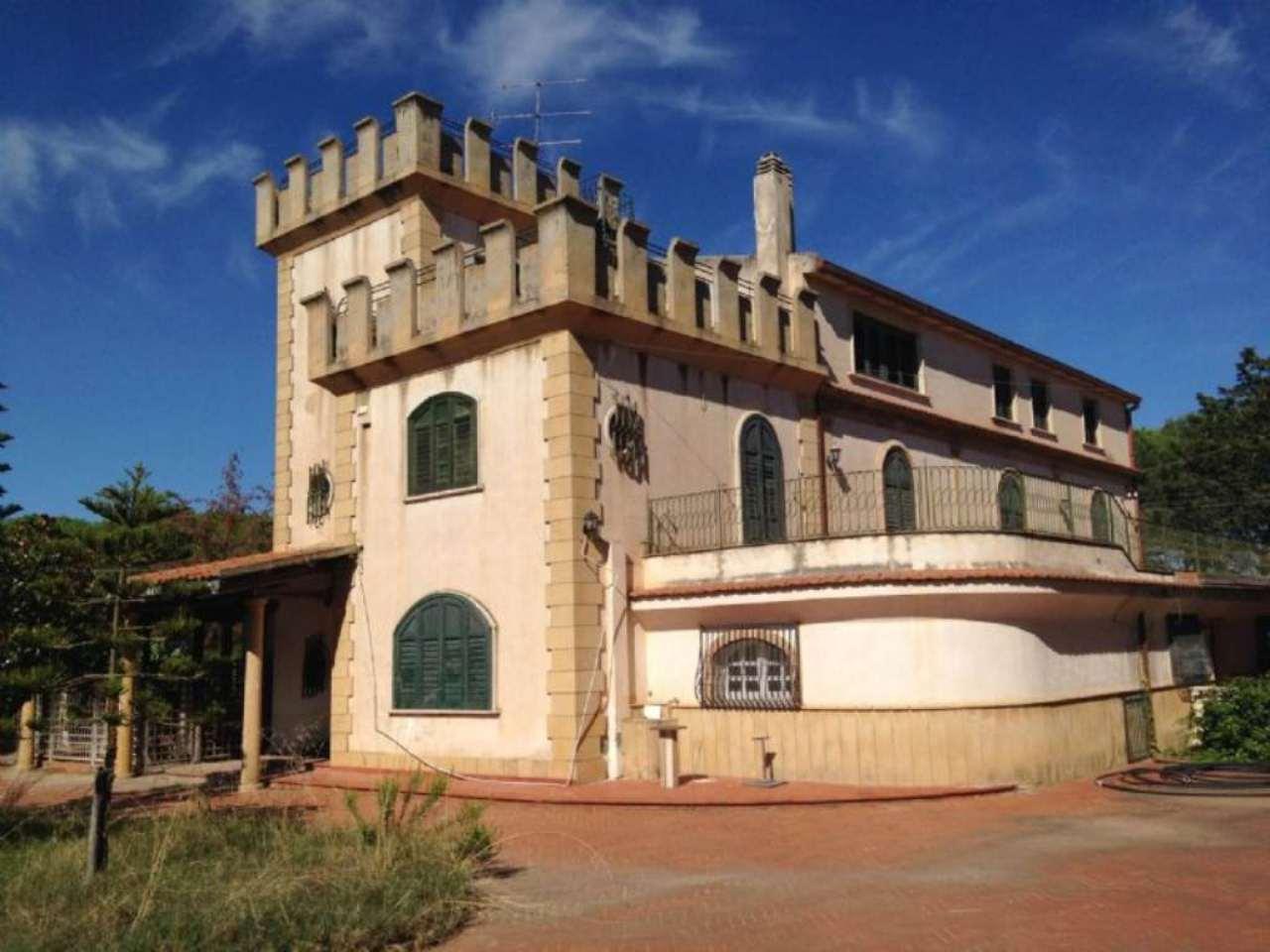 Villa in vendita a Caltagirone, 9999 locali, prezzo € 1.200.000 | Cambio Casa.it