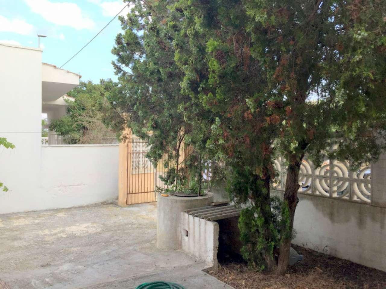 Bilocale Lecce Via Marina Di Pietra Santa 3