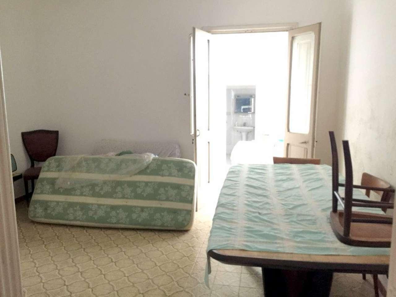 Bilocale Lecce Via Marina Di Pietra Santa 7