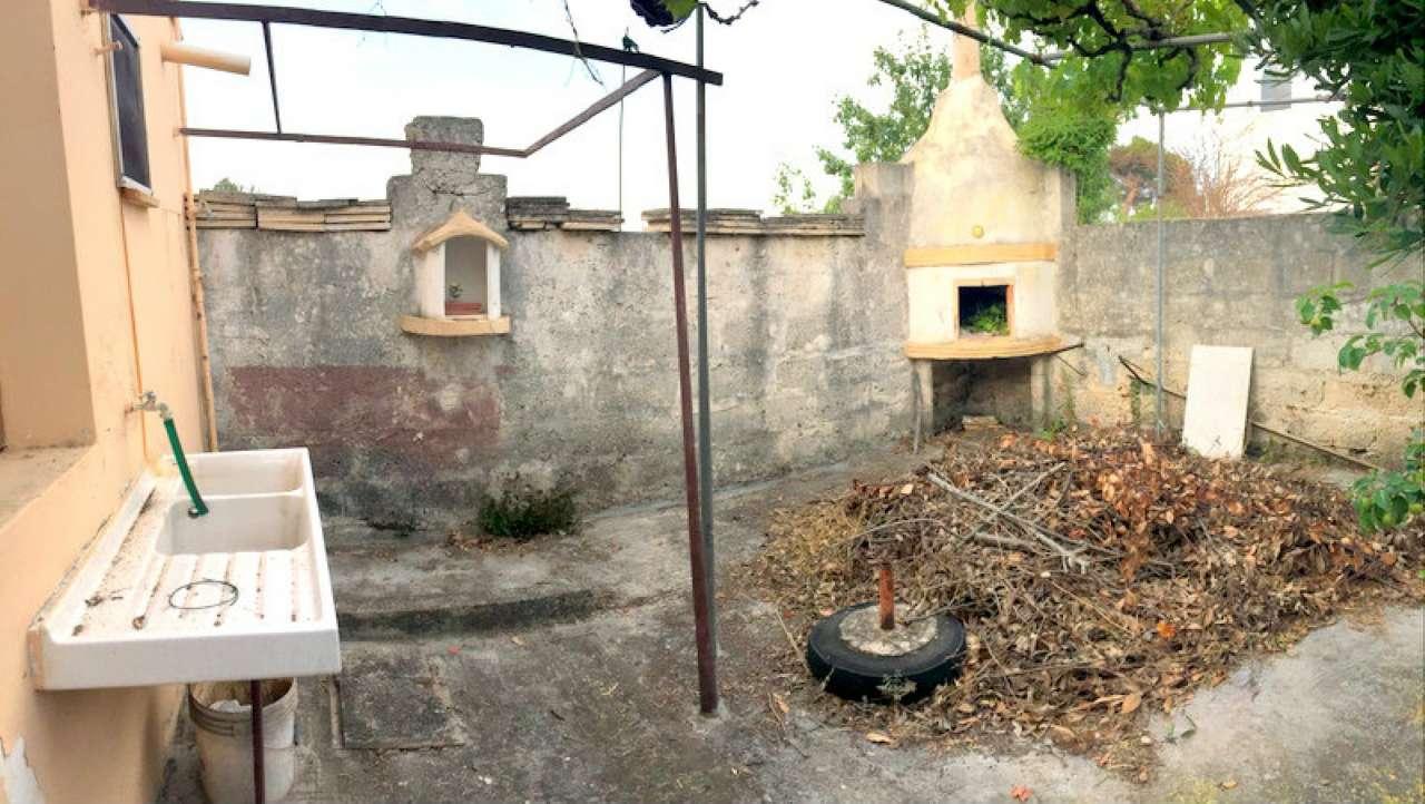 Bilocale Lecce Via Marina Di Pietra Santa 2