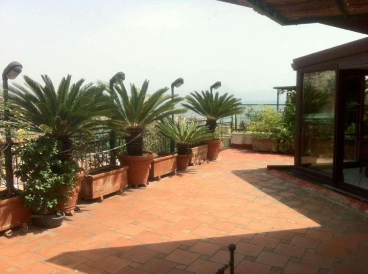 Attico / Mansarda in vendita a Napoli, 5 locali, zona Zona: 1 . Chiaia, Posillipo, San Ferdinando, prezzo € 850.000 | Cambio Casa.it