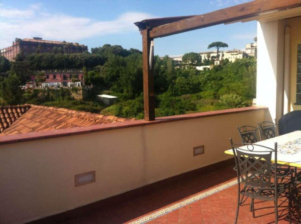 Appartamento con terrazzo a napoli - Casa con giardino napoli ...