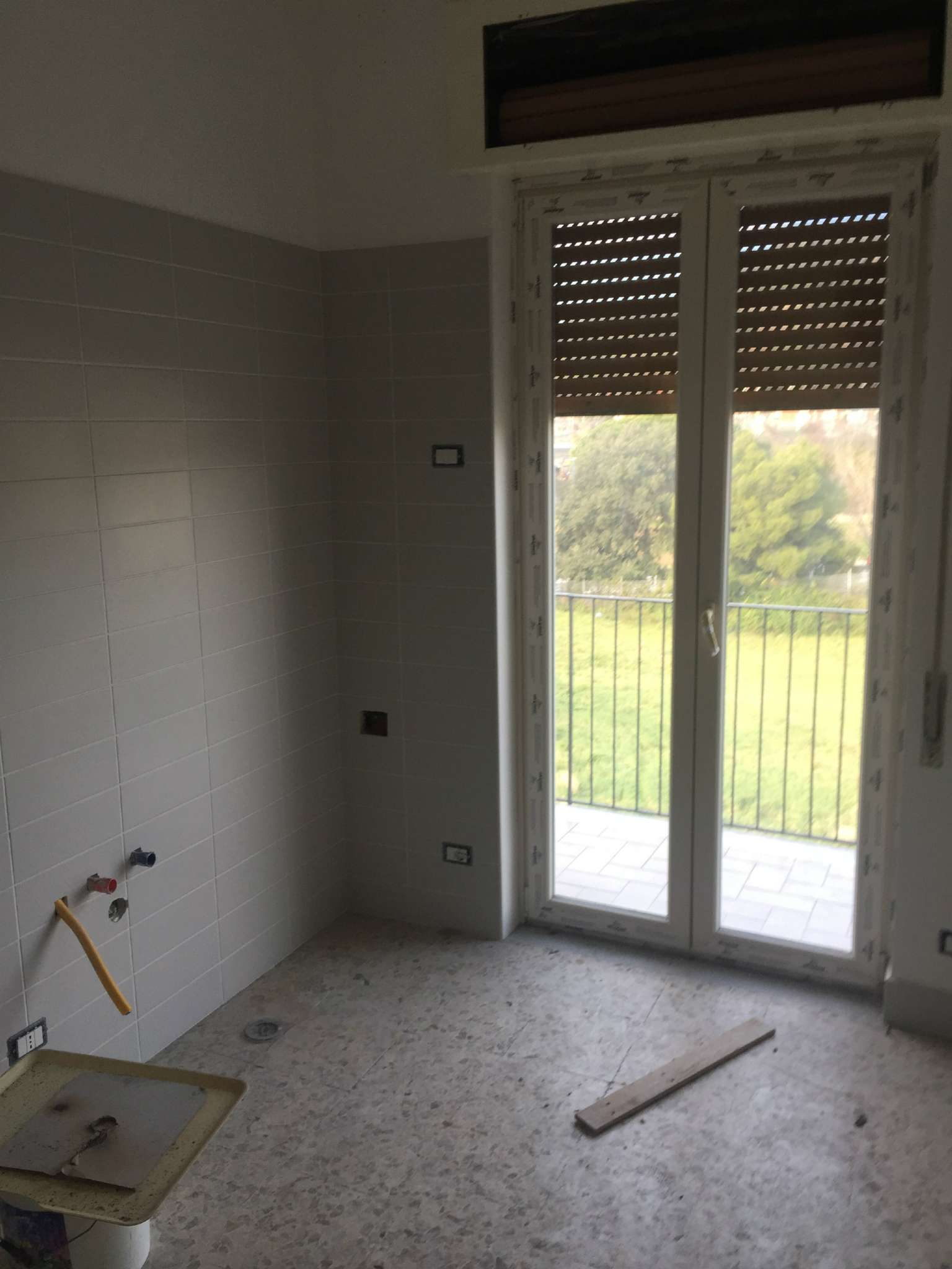 Appartamento in affitto a Napoli, 3 locali, zona Zona: 10 . Bagnoli, Fuorigrotta, Agnano, prezzo € 650 | Cambio Casa.it