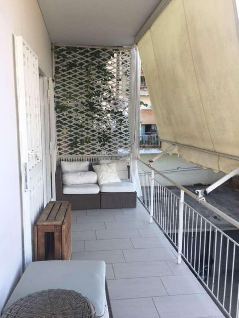 Appartamento in affitto a Napoli, 5 locali, zona Zona: 1 . Chiaia, Posillipo, San Ferdinando, prezzo € 1.300   Cambio Casa.it