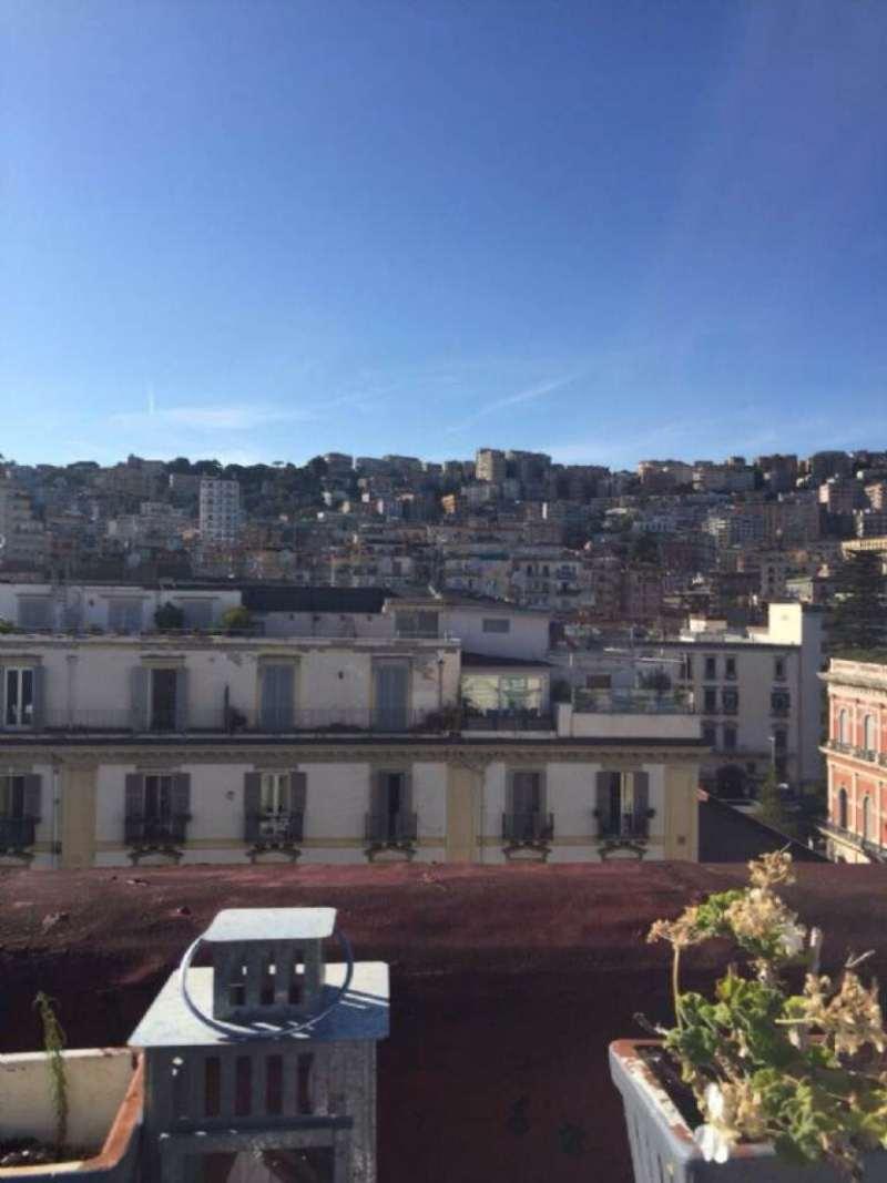 Attico / Mansarda in vendita a Napoli, 6 locali, zona Zona: 1 . Chiaia, Posillipo, San Ferdinando, prezzo € 850.000 | Cambio Casa.it