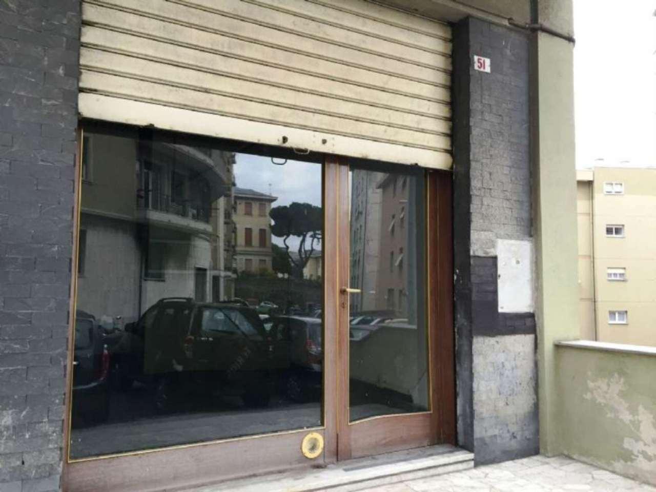 Negozio / Locale in vendita a Genova, 1 locali, zona Zona: 8 . Sampierdarena, Certosa-Rivarolo, Centro Ovest, S.Teodoro, prezzo € 42.000 | Cambio Casa.it