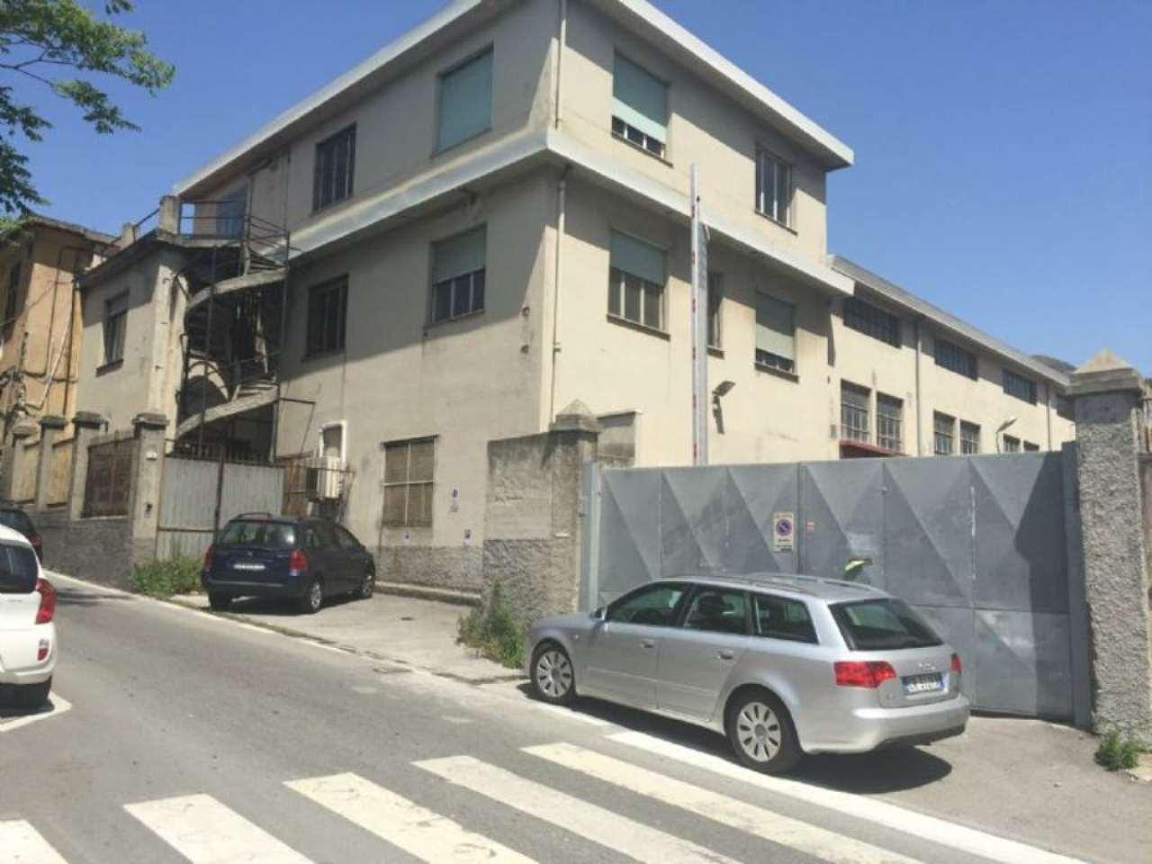 Capannone in vendita a Genova, 9999 locali, zona Zona: 12 . Borzoli, prezzo € 750.000 | CambioCasa.it