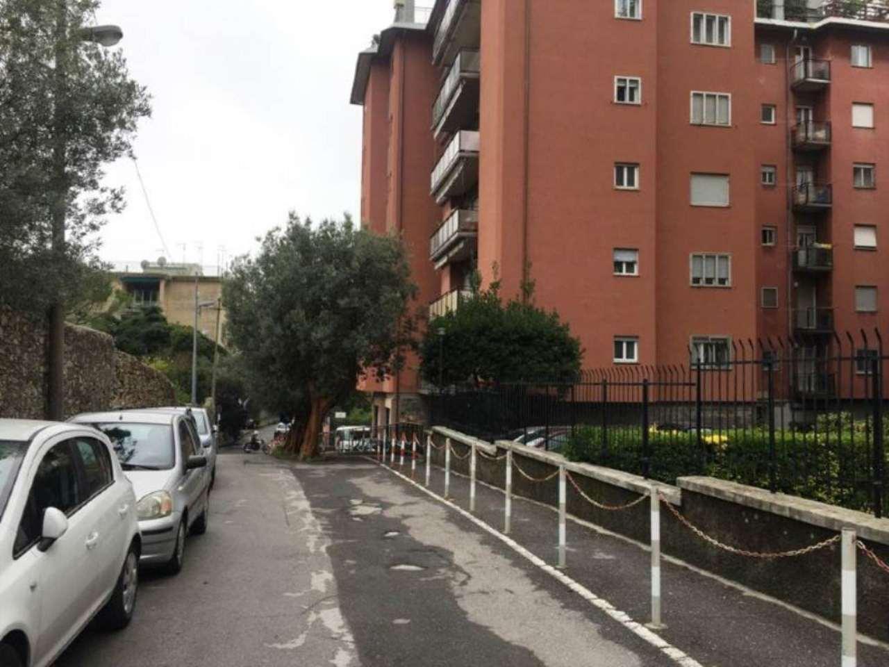 Box / Garage in vendita a Genova, 1 locali, zona Zona: 19 . Quarto, prezzo € 35.000   Cambio Casa.it