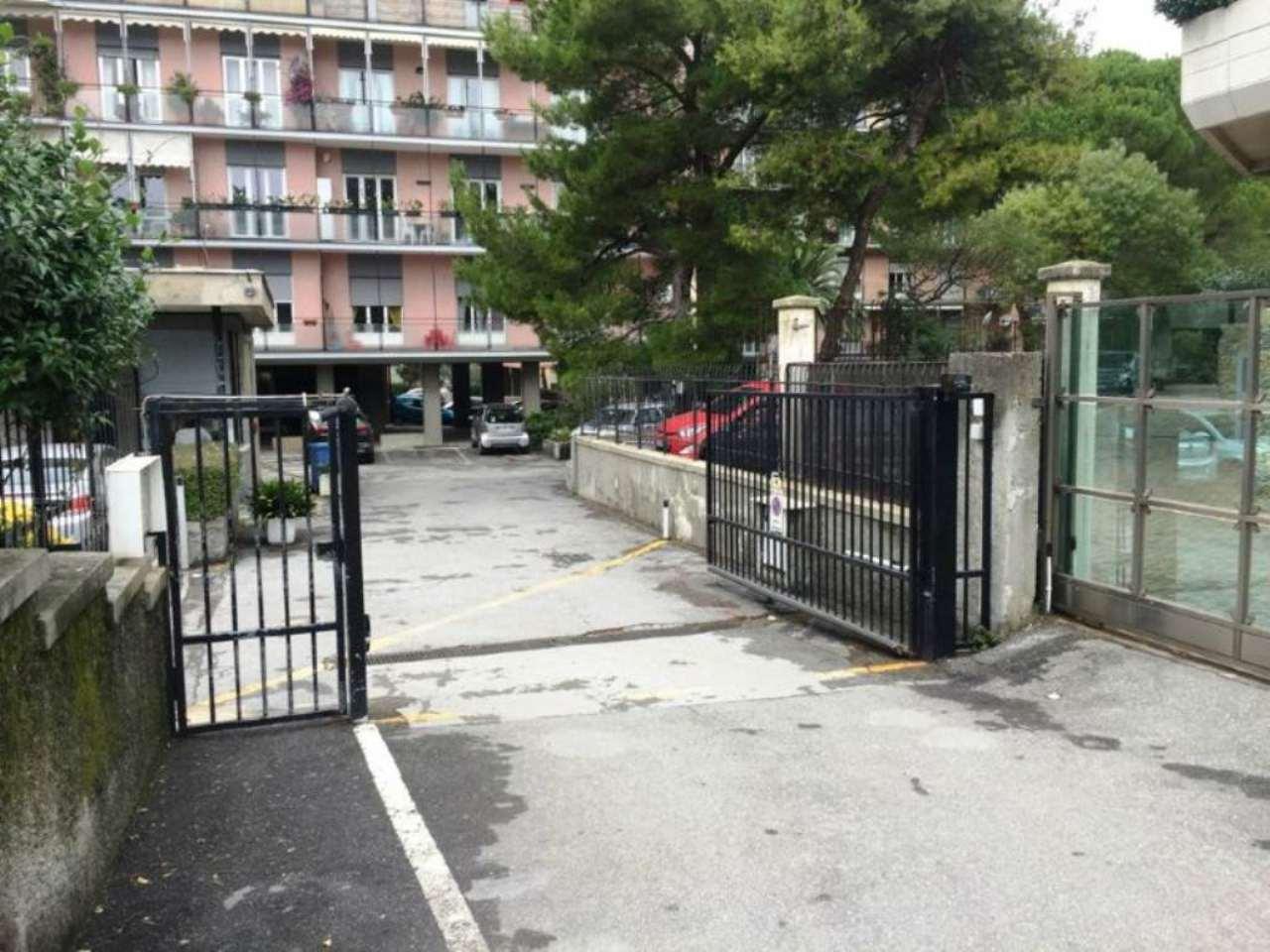 Box / Garage in vendita a Genova, 1 locali, zona Zona: 19 . Quarto, prezzo € 29.000 | CambioCasa.it
