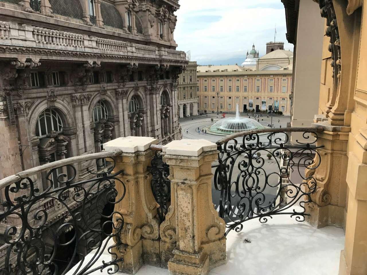 Ufficio / Studio in affitto a Genova, 10 locali, zona Zona: 1 . Centro, Centro Storico, prezzo € 4.200 | CambioCasa.it