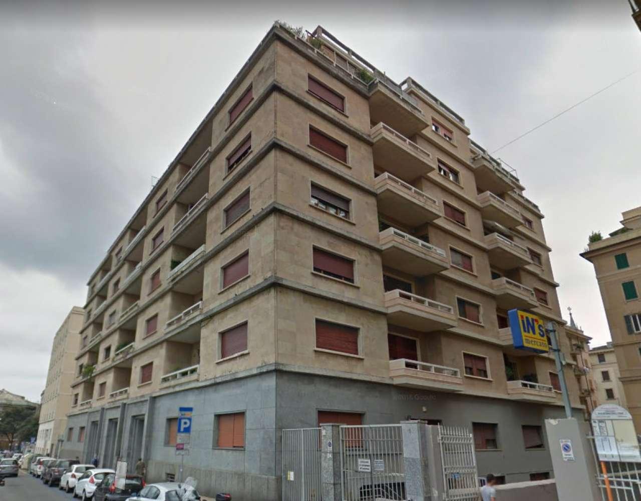 Appartamento in affitto a Genova, 8 locali, zona Zona: 2 . Foce, Castelletto, Albaro, Carignano, Medio Levante, prezzo € 1.300 | CambioCasa.it