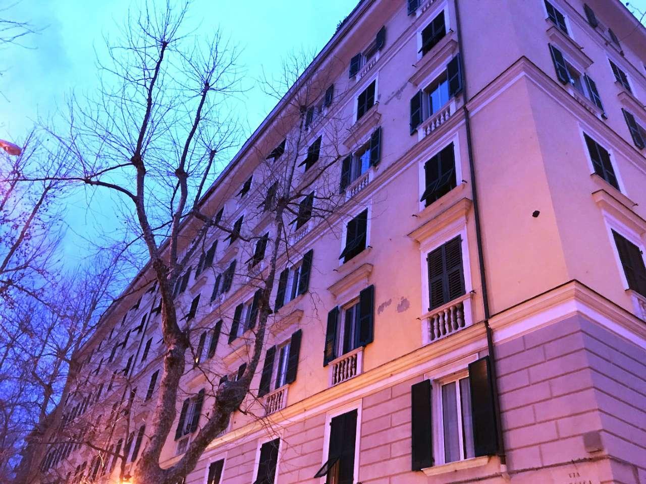 Ufficio / Studio in affitto a Genova, 1 locali, zona Zona: 2 . Foce, Castelletto, Albaro, Carignano, Medio Levante, prezzo € 250 | CambioCasa.it