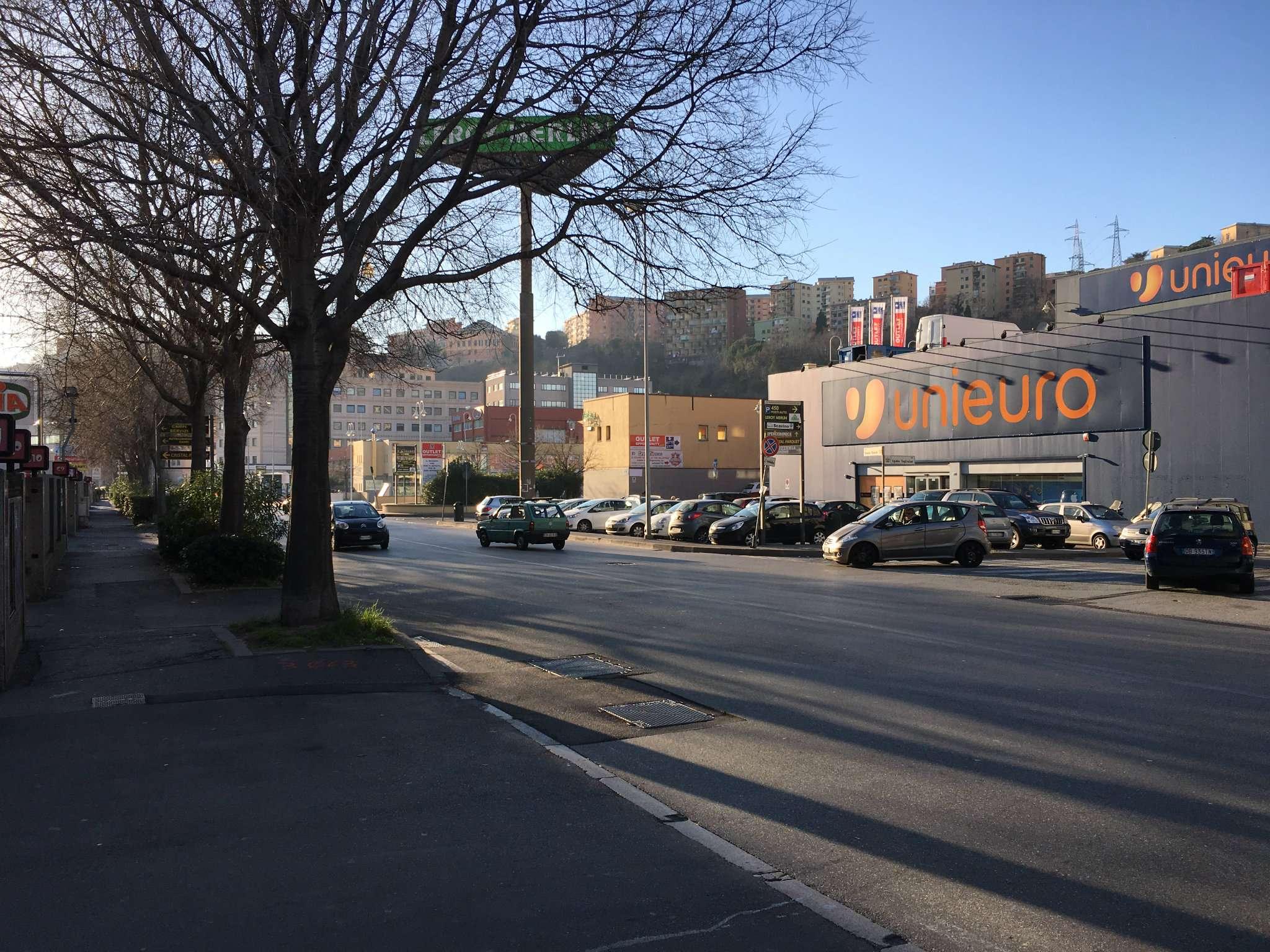 Ufficio / Studio in affitto a Genova, 9999 locali, zona Zona: 9 . Cornigliano, prezzo € 7.500 | CambioCasa.it