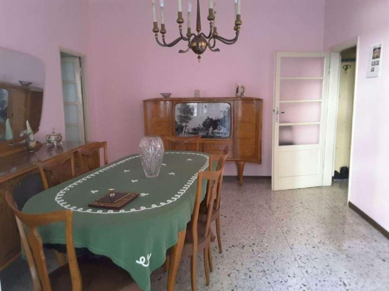 Bilocale Cavenago di Brianza Via Roma 2