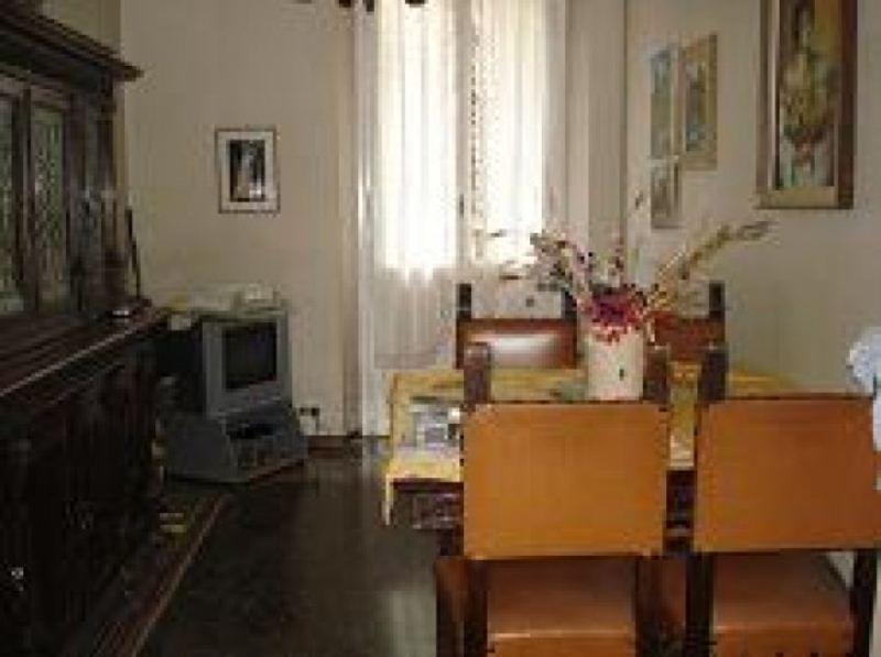 Affitto bilocale Genova soggiorno