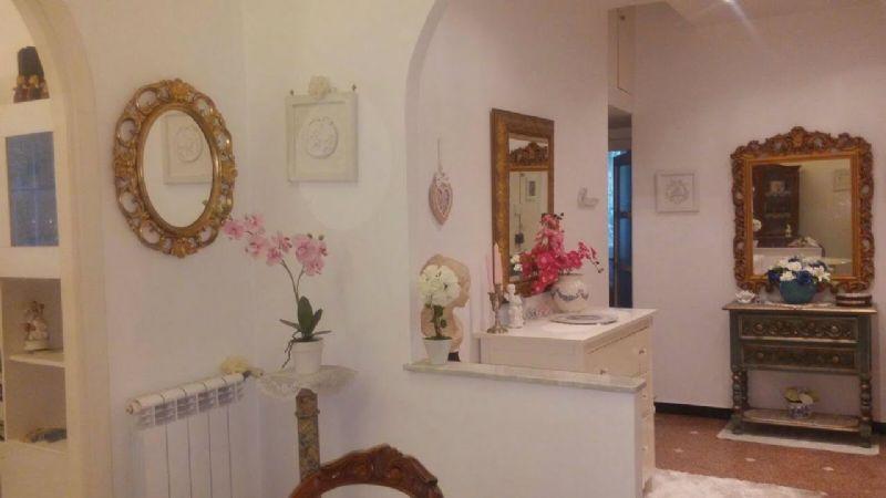 Bilocale Genova Via Ausonia 4