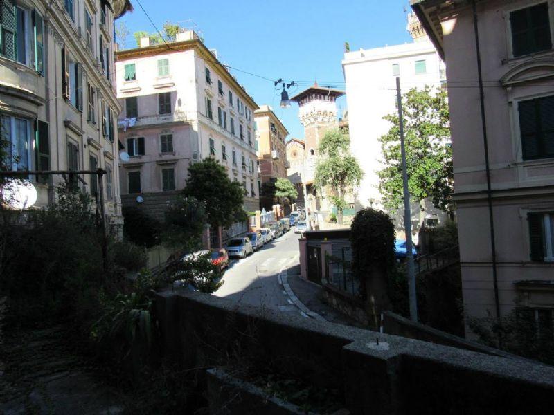 Bilocale Genova Via Cesare Cabella 12