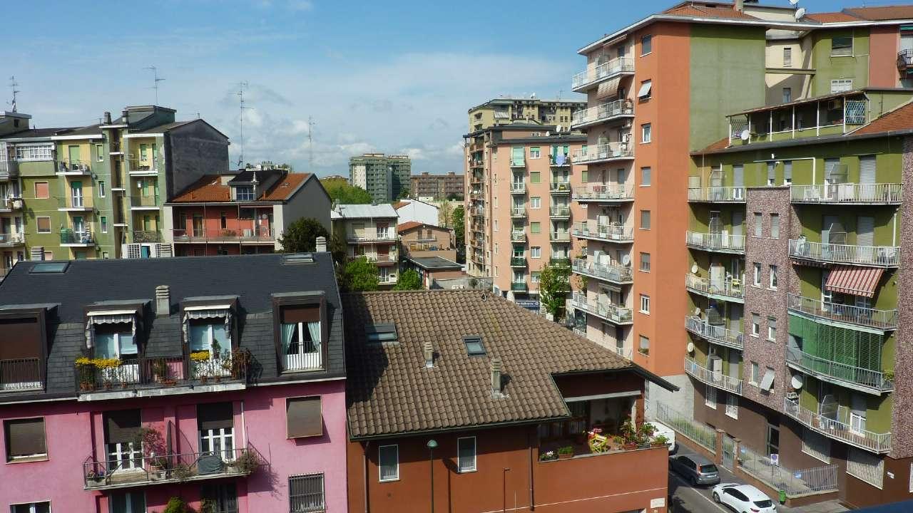 Attico / Mansarda in vendita a Sesto San Giovanni, 2 locali, prezzo € 220.000   CambioCasa.it