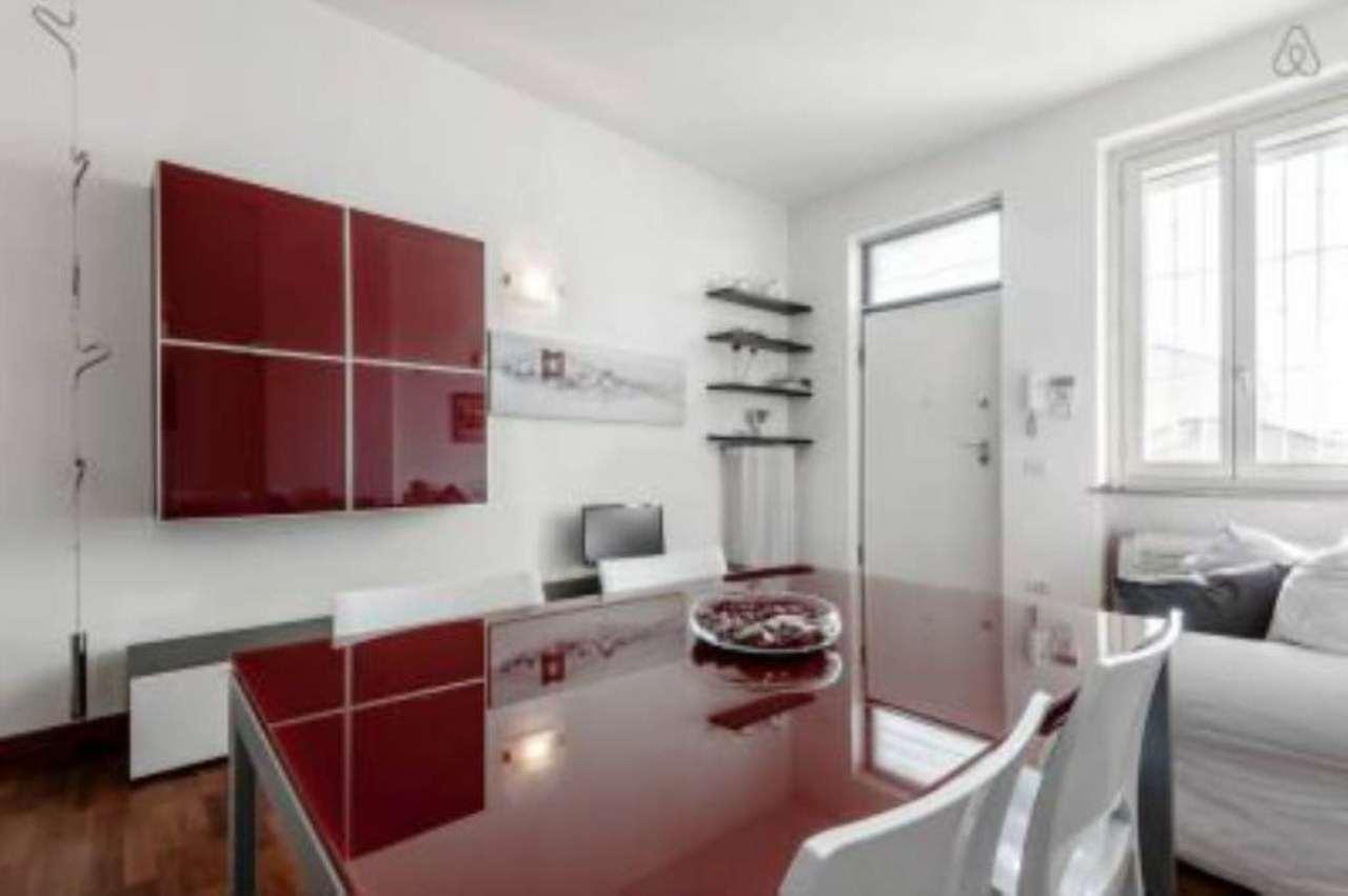Bilocale Milano Via Guintellino 5
