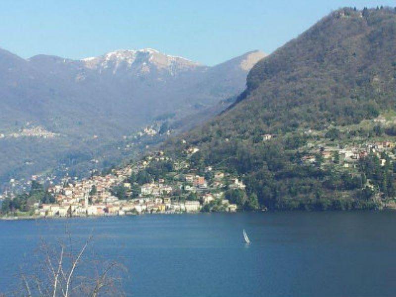Villa in vendita a Moltrasio, 9999 locali, prezzo € 980.000 | Cambio Casa.it