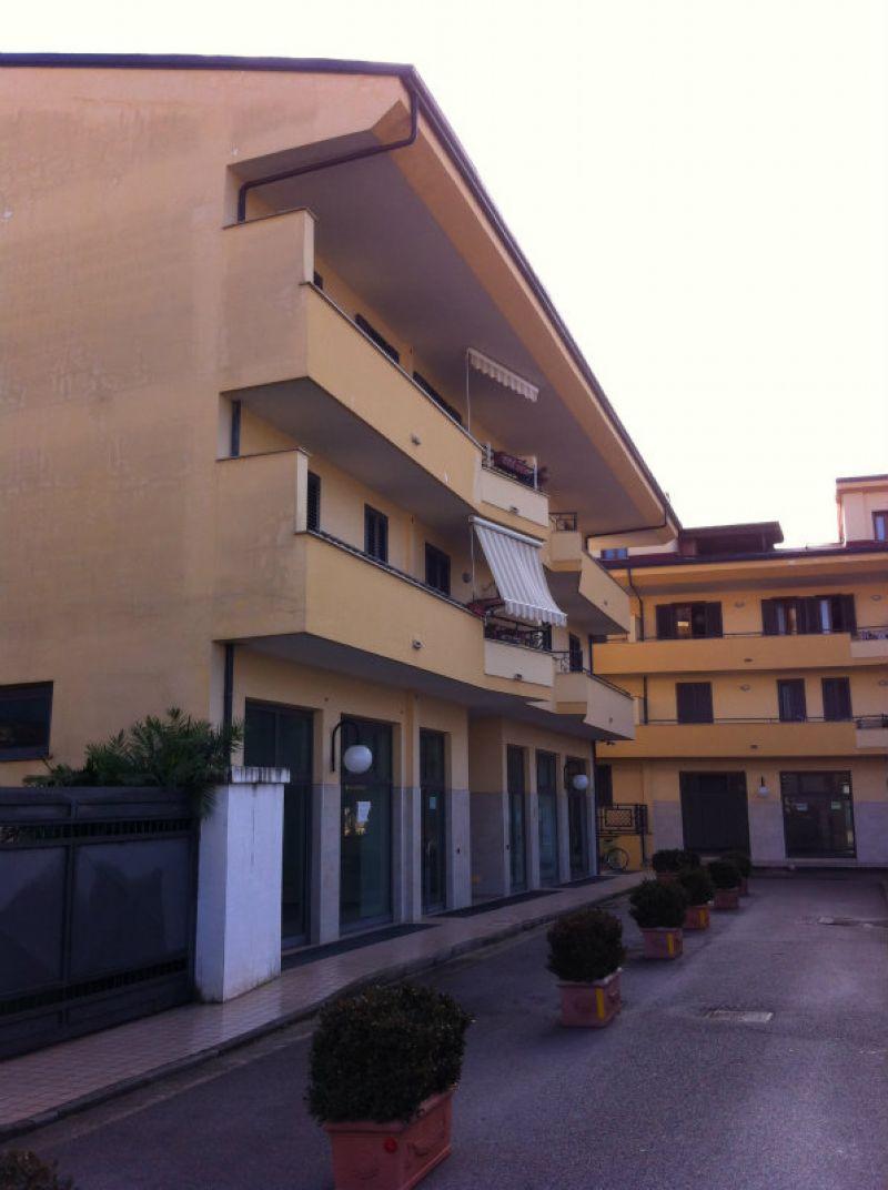 Appartamento in vendita a Capodrise, 3 locali, prezzo € 60.000 | Cambio Casa.it