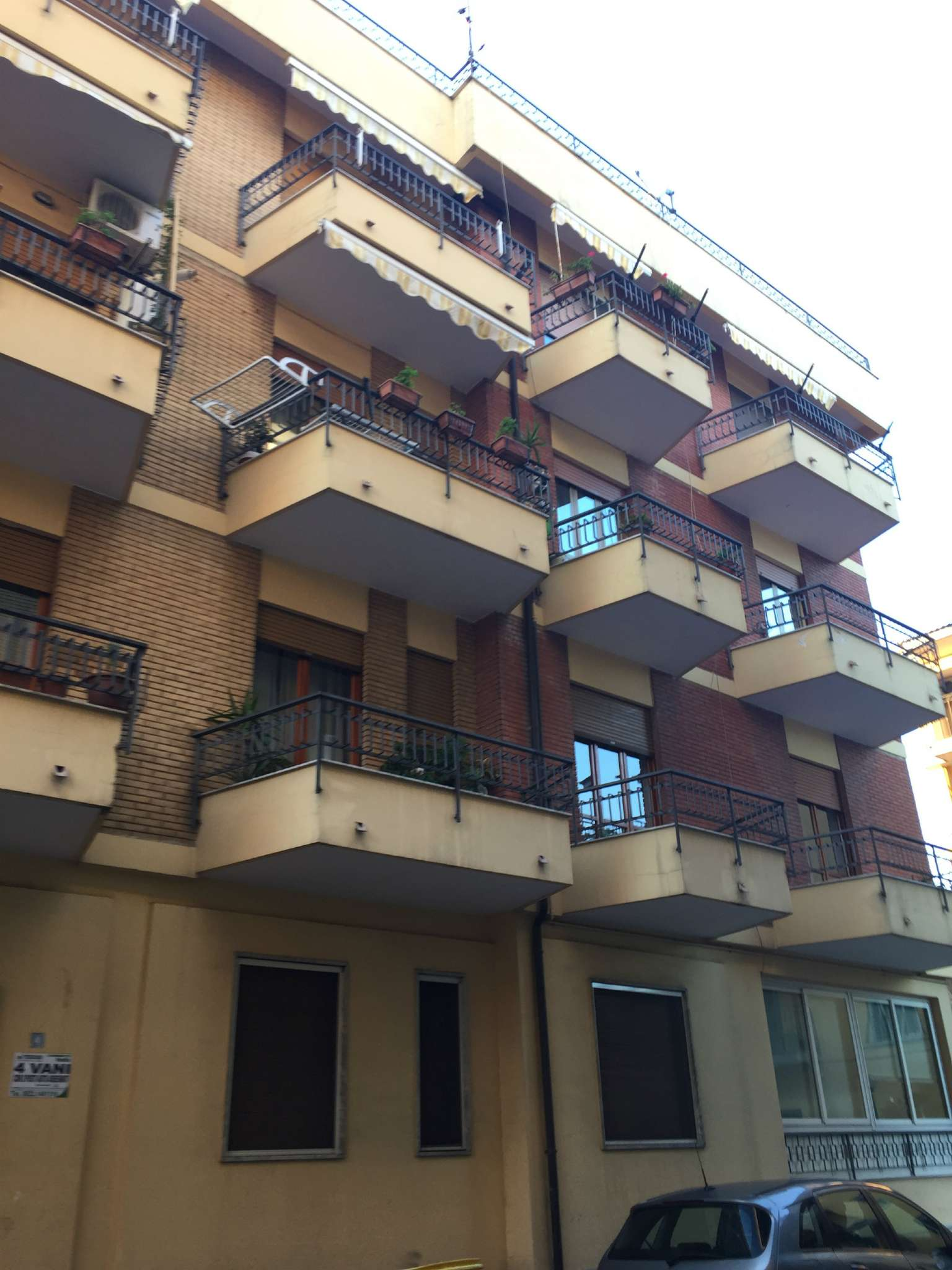 Appartamento in vendita a Marcianise, 4 locali, prezzo € 99.000 | Cambio Casa.it