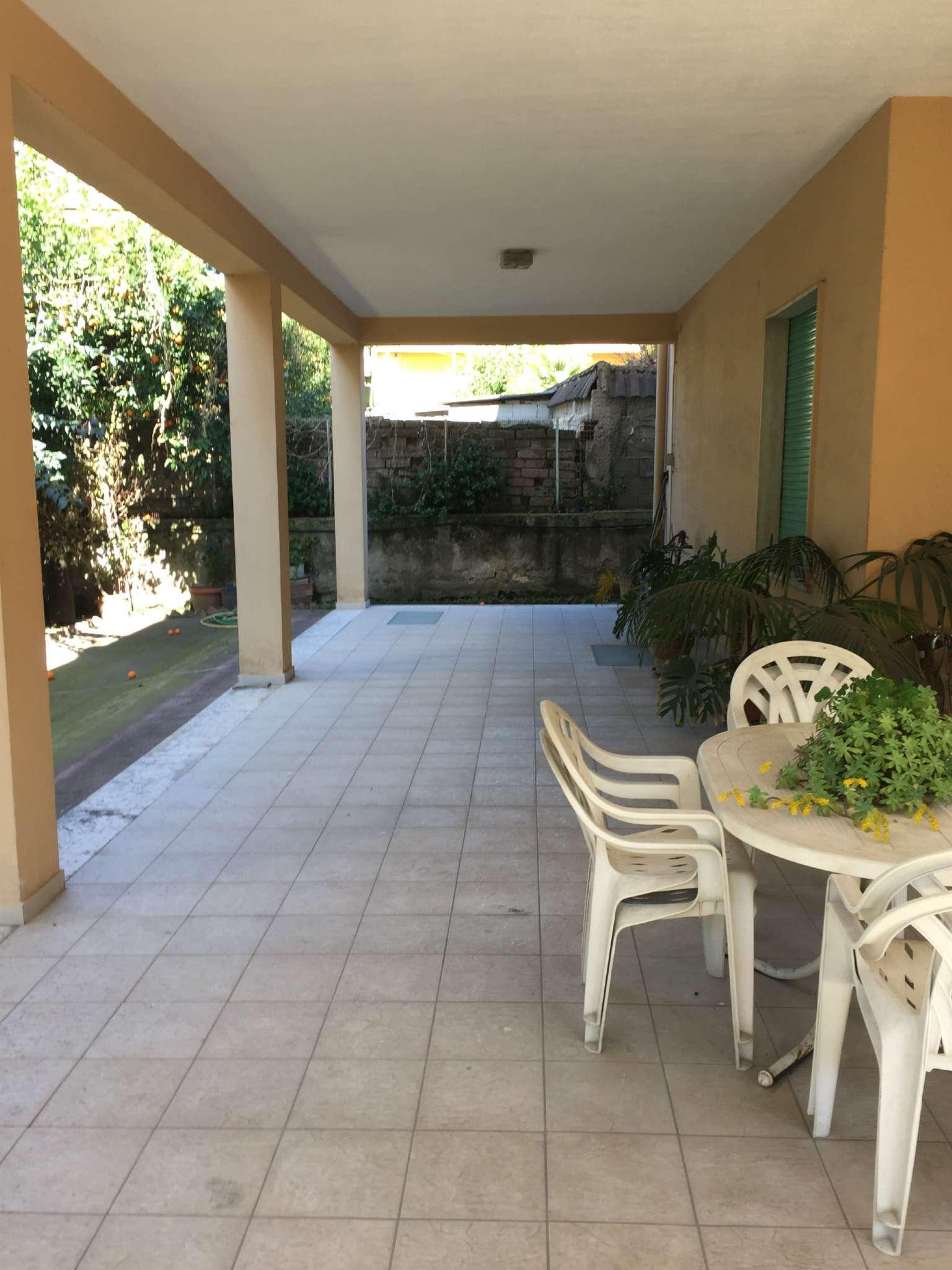 Soluzione Indipendente in vendita a Marcianise, 14 locali, prezzo € 350.000 | CambioCasa.it