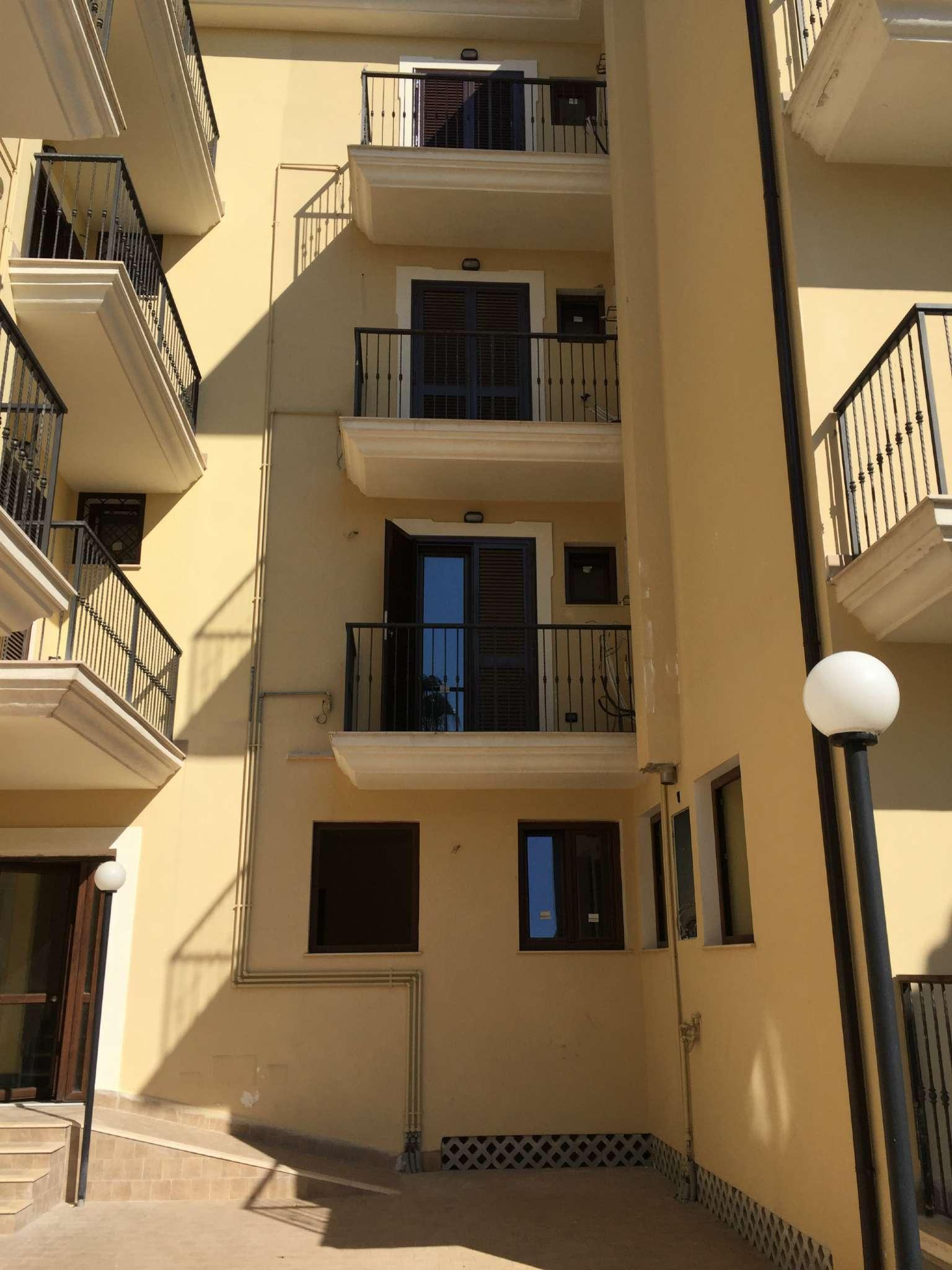 Attico / Mansarda in affitto a Marcianise, 3 locali, prezzo € 350 | CambioCasa.it