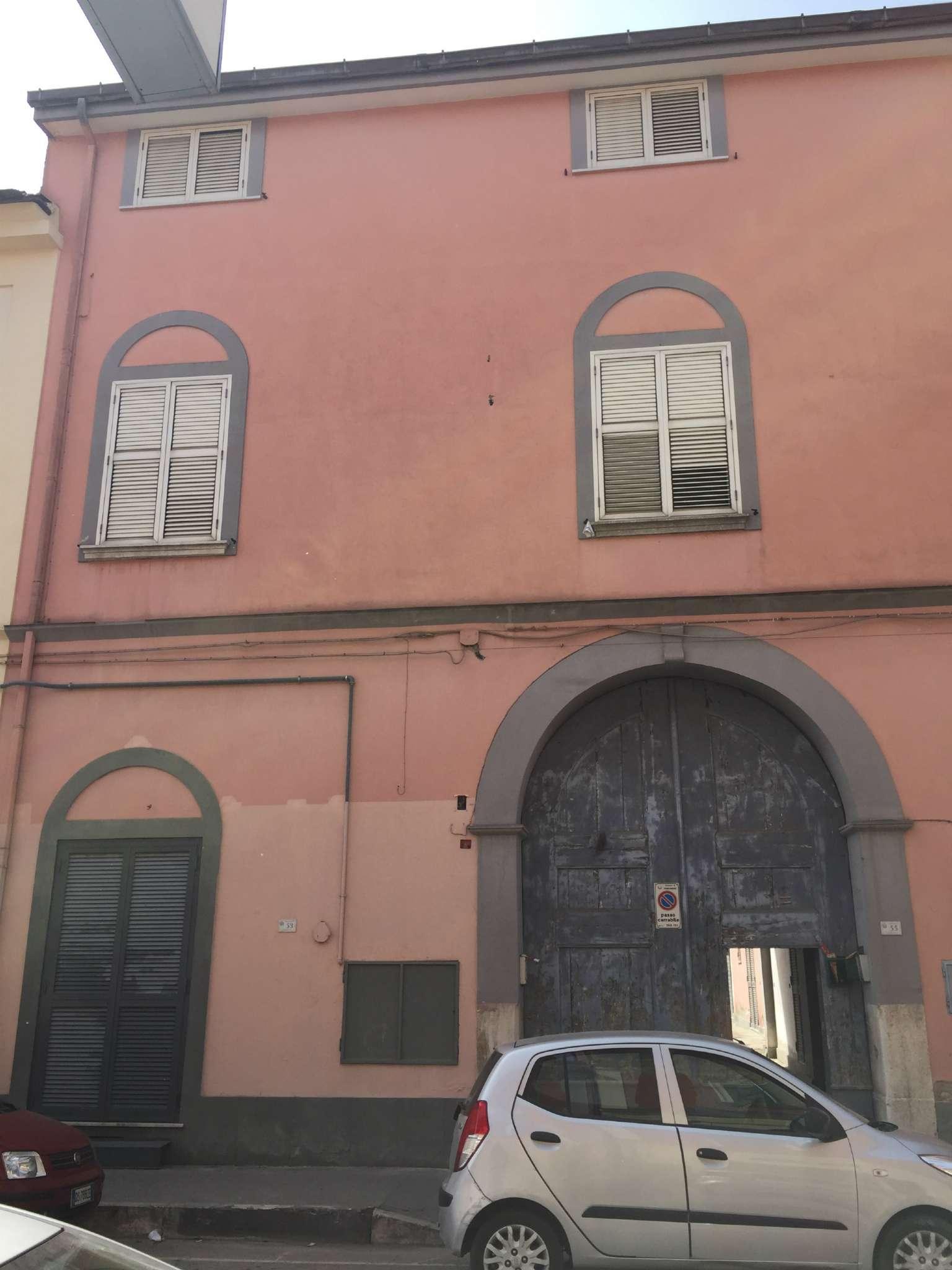 Soluzione Indipendente in vendita a Marcianise, 20 locali, prezzo € 395.000 | CambioCasa.it
