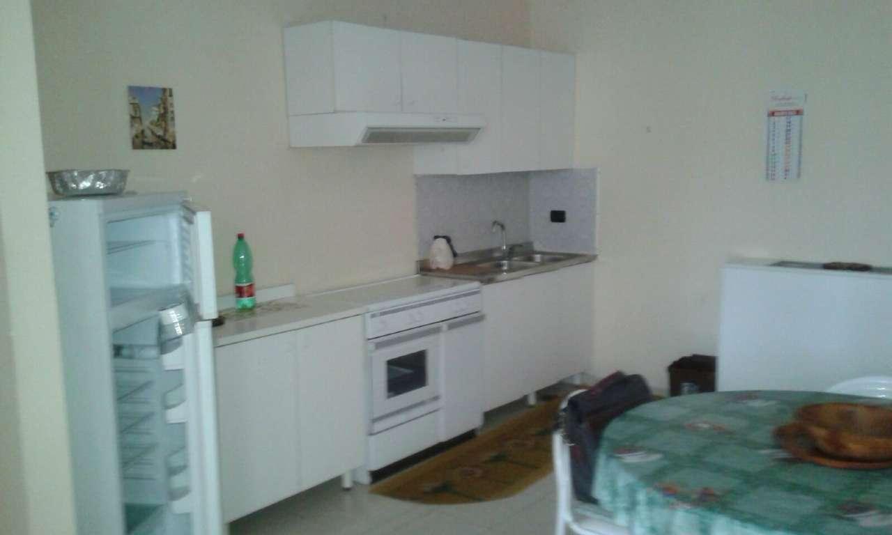 Attico / Mansarda in affitto a Capodrise, 2 locali, prezzo € 320 | CambioCasa.it