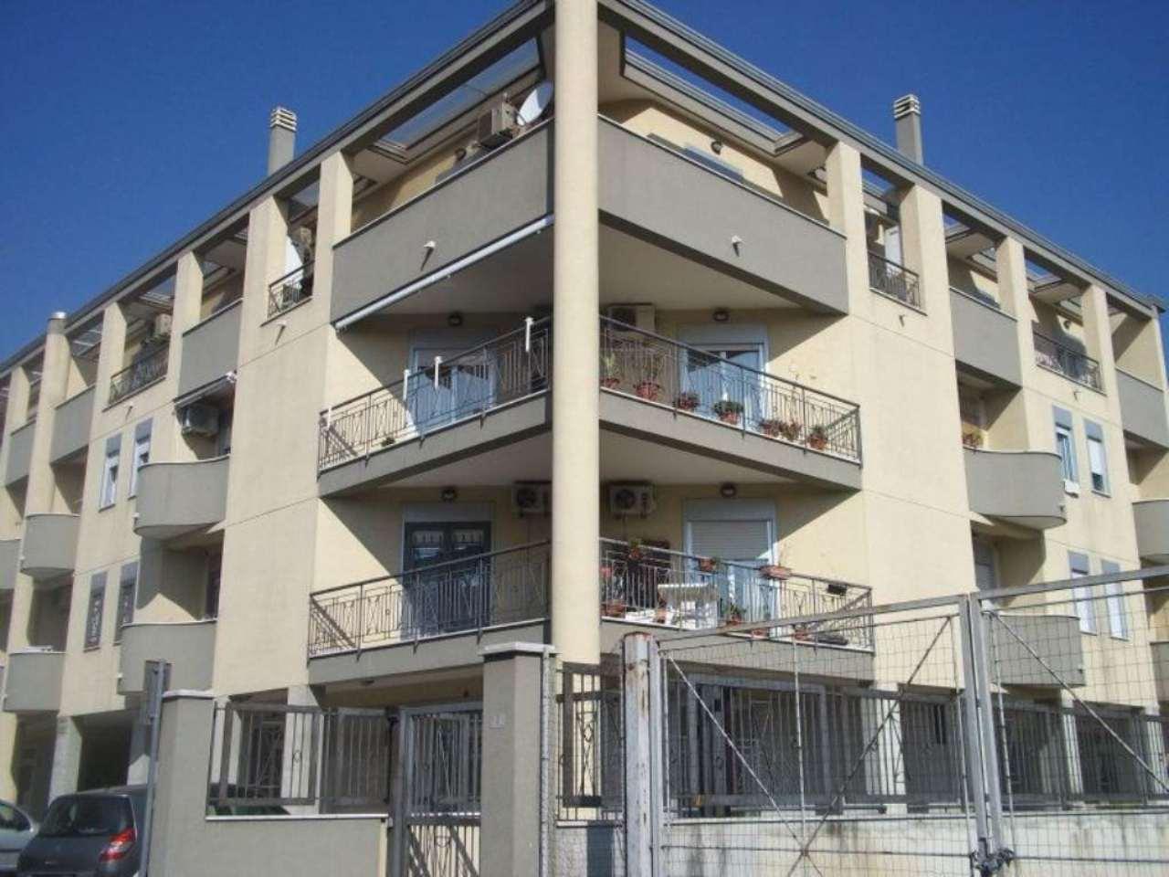 Attico / Mansarda in affitto a Capodrise, 4 locali, prezzo € 300 | Cambio Casa.it