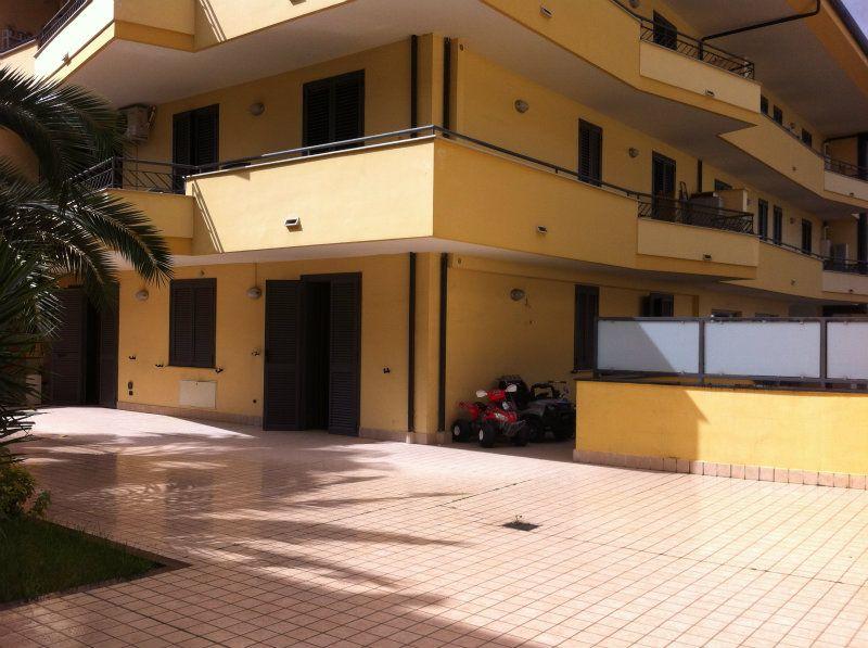 Appartamento in affitto a Capodrise, 3 locali, prezzo € 450 | Cambio Casa.it