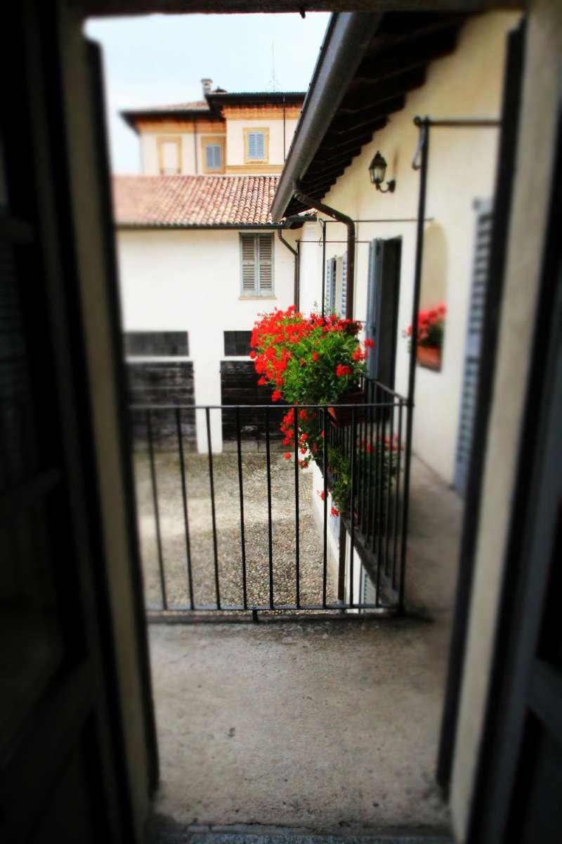 Merate centro, spazioso appartamento di 3 locali con balcone
